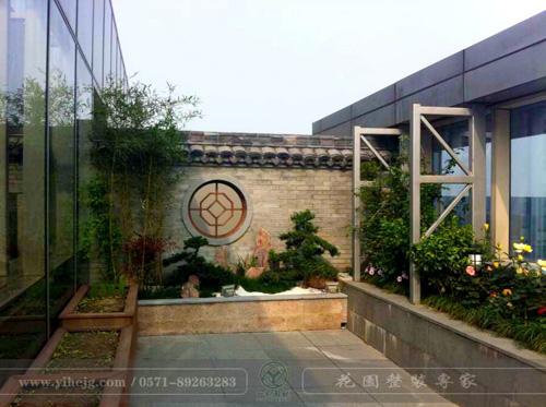 蓝色钱江私家屋顶花园景观|私家露台花园改造|私人屋顶花园景观绿化施工